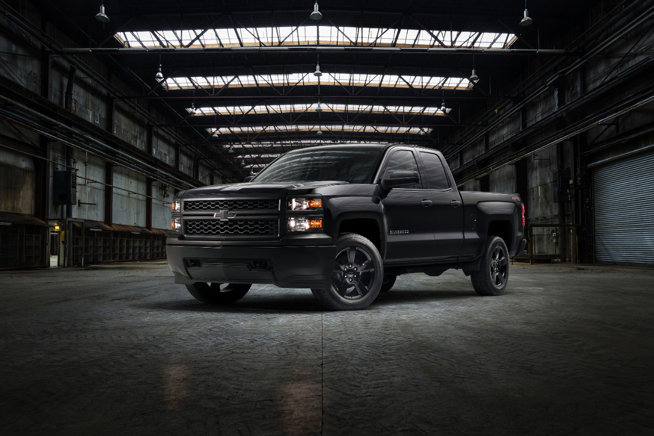 chevrolet to offer blacked out silverado work truck from the factory the newsroom gm. Black Bedroom Furniture Sets. Home Design Ideas