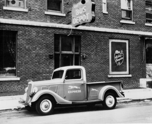 1935 ford pickup courtesy of ford.jpg