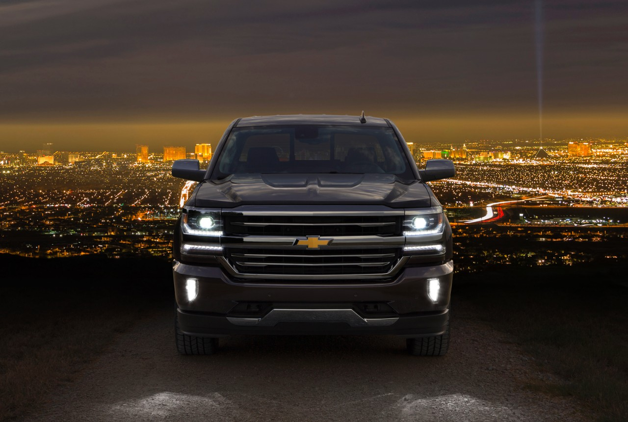 2016 Silverado Is First To Offer Hid Headlights Standard