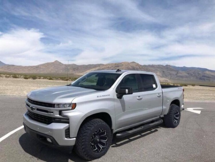 The 2019 Chevy Silverado Will Come In These 11 Colors ...