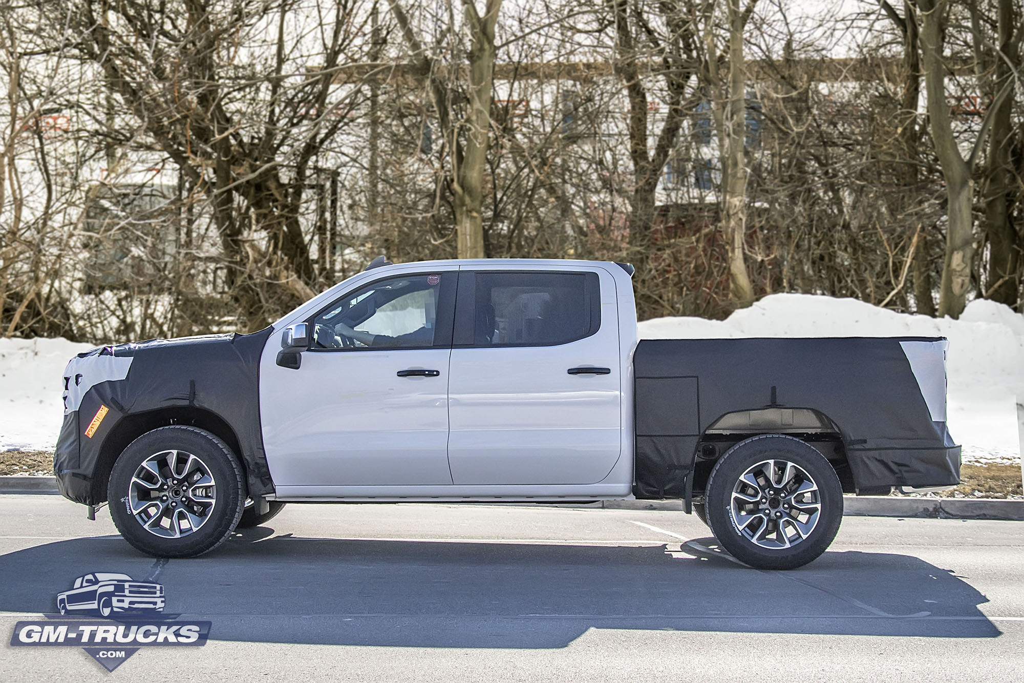 [Spy Shots] Our Best Look Yet At The 2022 Chevy Silverado