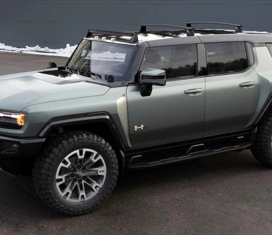 Here's A Look At The First 8 Official HUMMER EV Accessories
